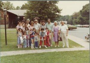 Manny and Freda Brotman and their children and grandchildren