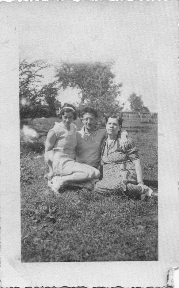 Perle, Joe and Sophie Brotman