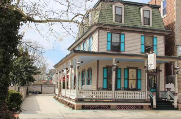 208 Ocean Street, Cape May, NJ