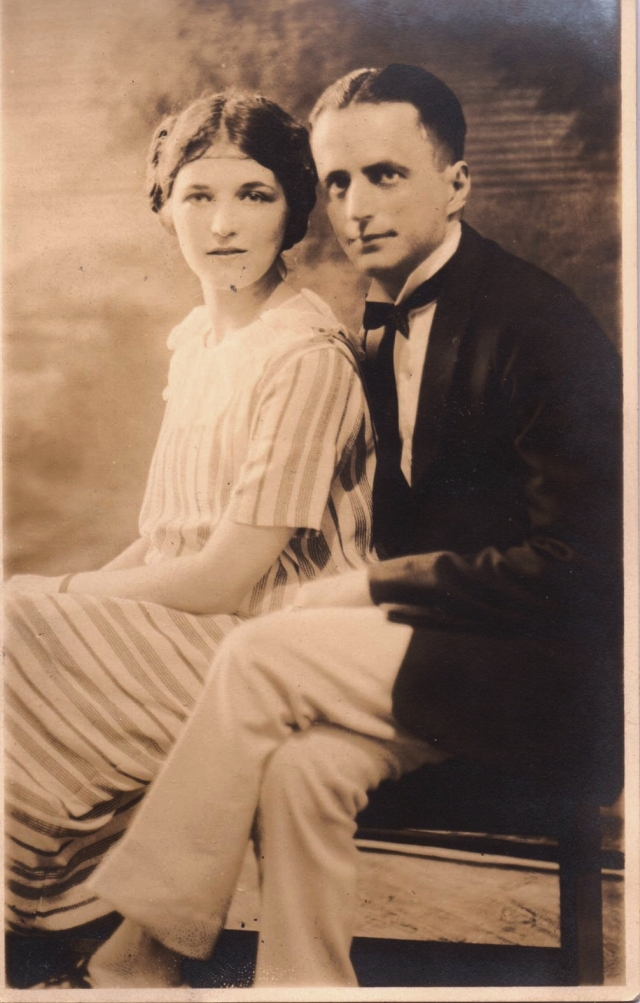 Eva Schoenthal and John Cohen, Jr. 1923