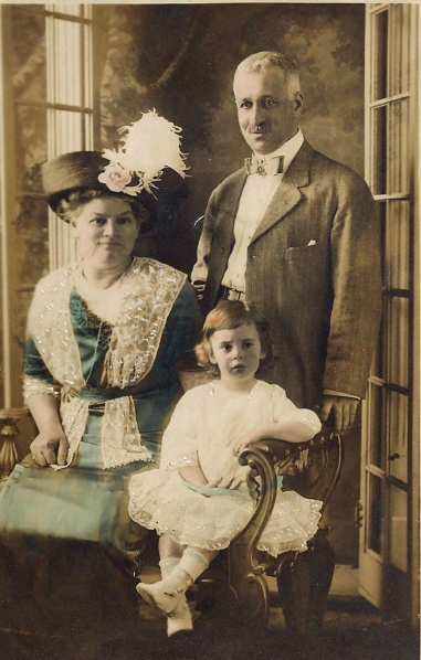 Lydia and Samuel Cohen and granddaughter Helen