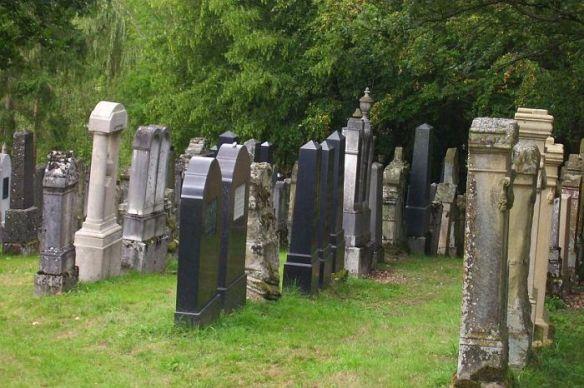 Jewish cemetery in Schopfloch   at  http://www.alemannia-judaica.de/images/Images%20231/Schopfloch%20ETJK%202009014.jpg