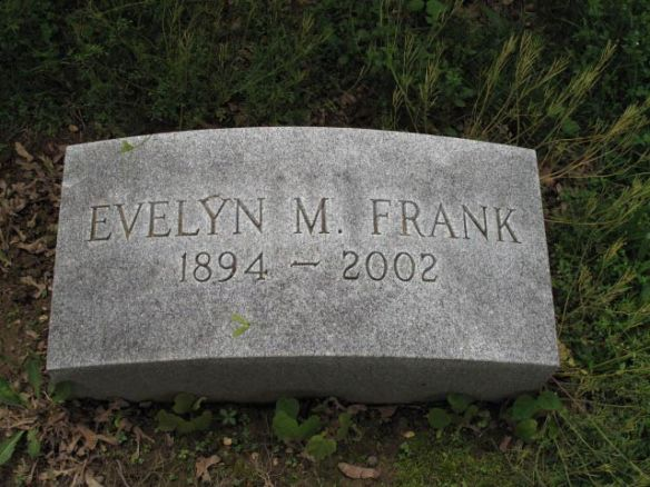 frank-evelyn-m-0 prospect hill cemetery york