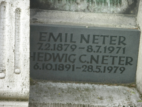 Emil Neter and Hedwig Neter headstone