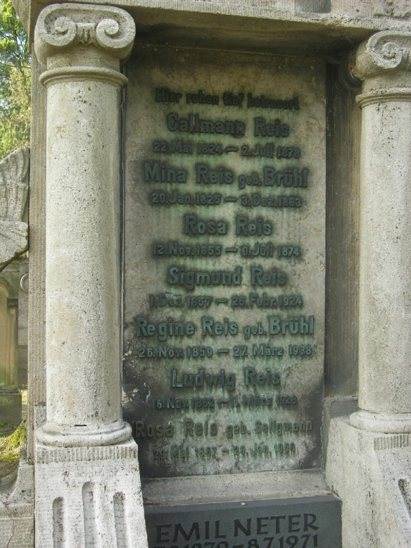 Ludwig and Rosa Reis headstone