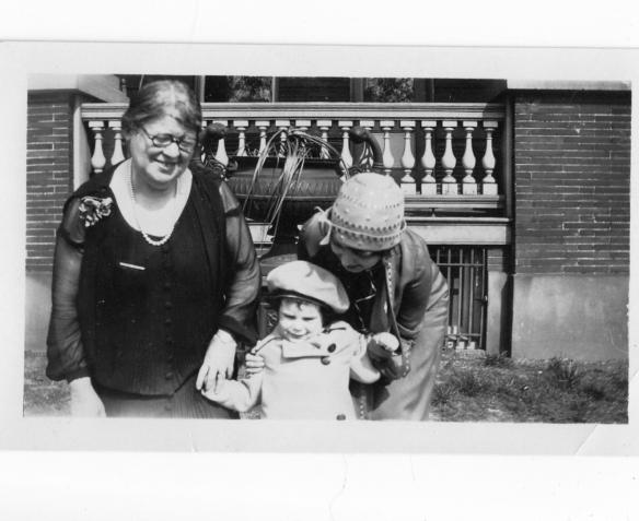 My great-grandmother Hilda Katzenstein Schoenthal with her daughter Eva and her granddaughter Eva