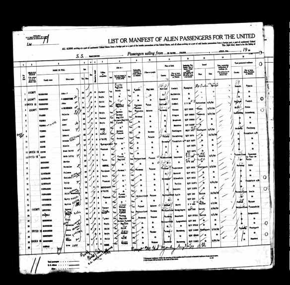 Year: 1939; Arrival: New York, New York; Microfilm Serial: T715, 1897-1957; Microfilm Roll: Roll 6313; Line: 1; Page Number: 176
