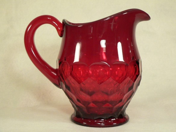 Duncan and Miller ruby pitcher By Nomoreforme at English Wikipedia [Public domain], via Wikimedia Commons