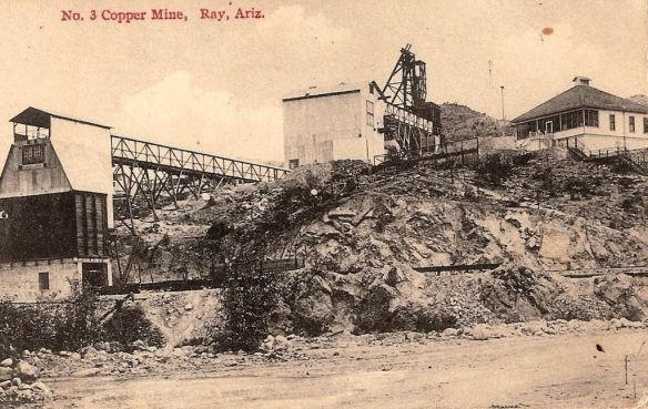 Ray, Arizona 1916 By Palmercokingcoal (Own work) [CC BY-SA 4.0 (http://creativecommons.org/licenses/by-sa/4.0)], via Wikimedia Commons