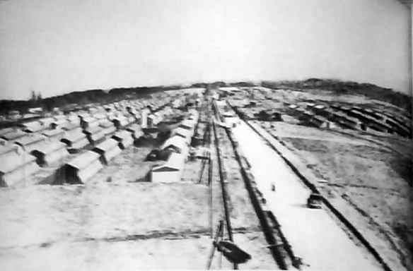 Gurs Detention Camp https://upload.wikimedia.org/wikipedia/commons/3/32/Logor_Gurs.jpg