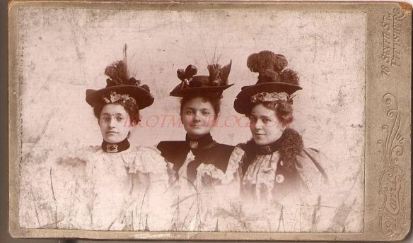 jennie-stern-arnold-and-her-sisters-1