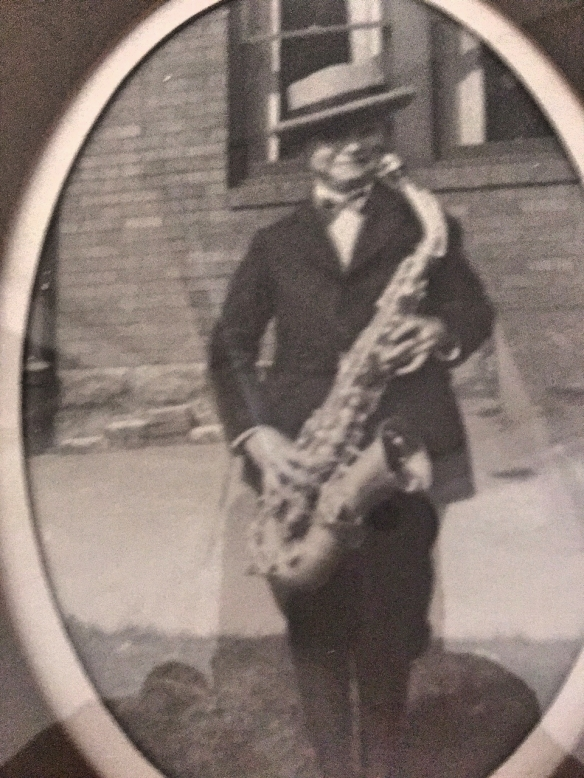Gerald Oestreicher playing saxophone