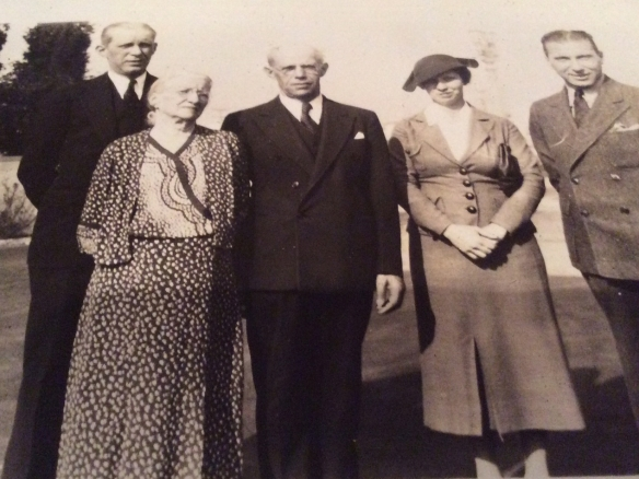 Oestreicher family edited 1936