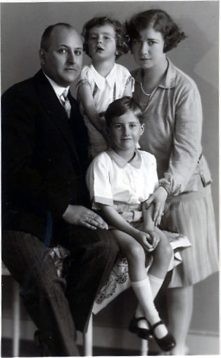Max Wronker and Irma Lichter Wronker and their two children Gerda and Paul, 1927 Courtesy of the Wronker family