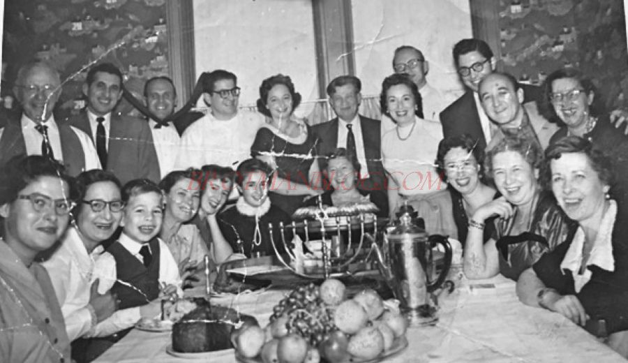 my family gathering essay The family dinner essay contest: ago we sent out one of our bi-monthly e-newsletters with a request for stories written by our readers on the theme of the family.