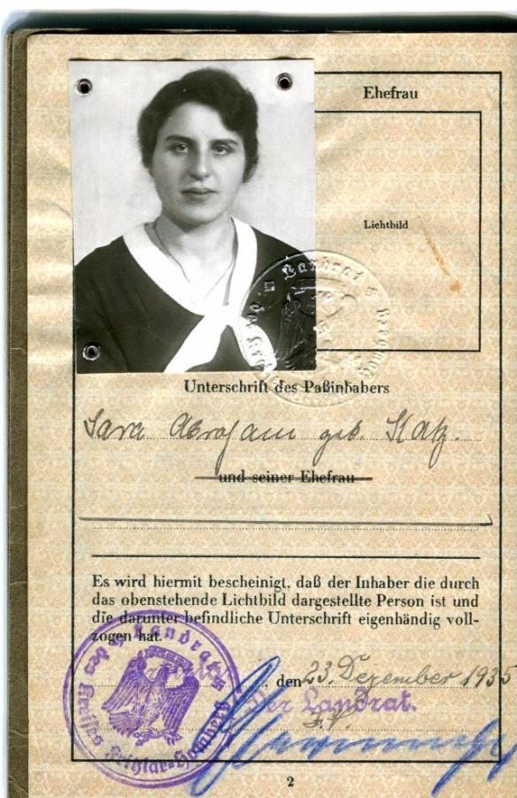 Senta Katz Abraham passport-page-003