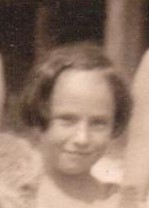 Girl in 1923 beach photo